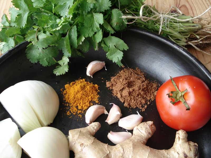 Curry con pollo en olla de La Chamba