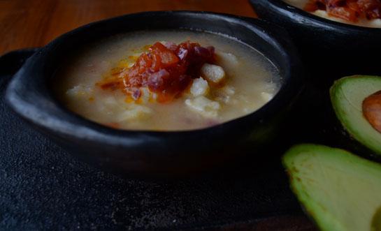 MOTE DE QUESO ( sopa de ñame y queso costeño)