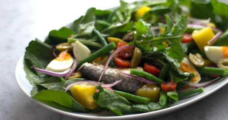 Ensalada de Nicoise con sardinas