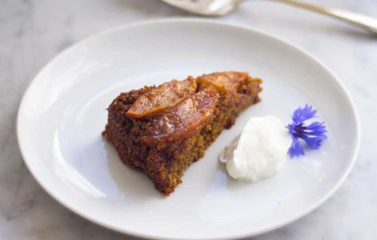 TORTA UPSIDE DOWN DE MANZANAS Y ESPECIAS ( sin gluten )